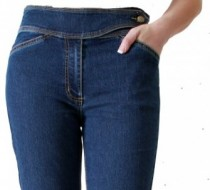 The 'Judy' Jean 3/4 Capri in Silky Summer Light Weight Denim